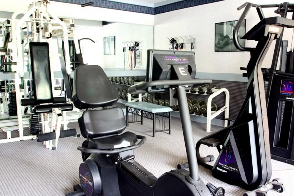 Grand Island Apartments with Updated Fitness Center
